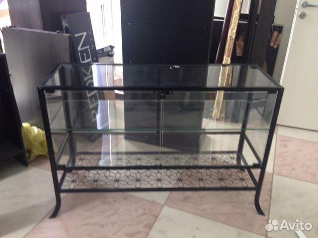 Комод из стекла