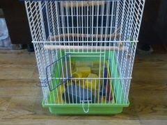 Продам большую клетку для птиц