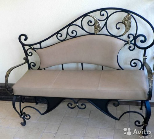 кованые скамейки для прихожей фото