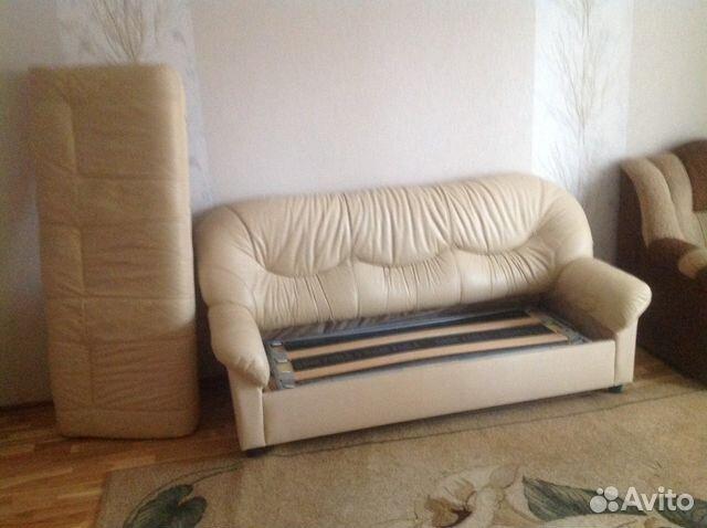 Кожаный диван  на дону