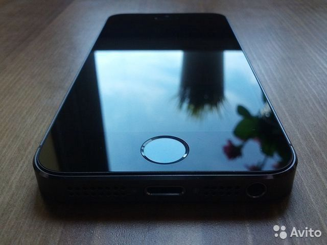 iPhone 5s 16 GB Space Gray original— фотография №1