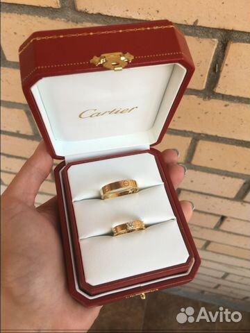 65e16335a0fa Новые золотые обручальные кольца Cartier купить в Москве на Avito ...