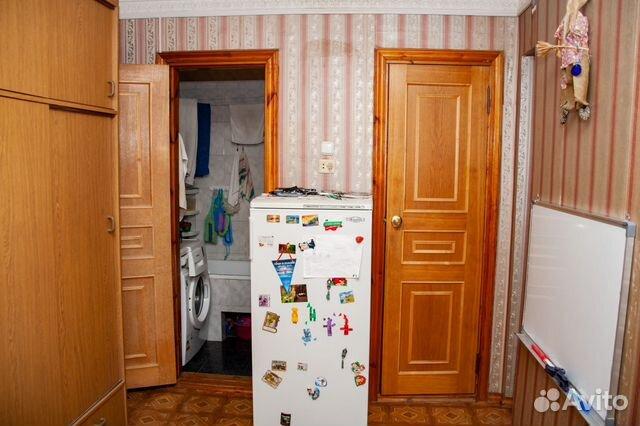 Продается трехкомнатная квартира за 2 050 000 рублей. Балаково, Саратовская область, улица Гагарина, 75.