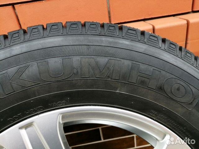 Kumho I'ZEN kw31 215/70 R16 100R на литых дисках