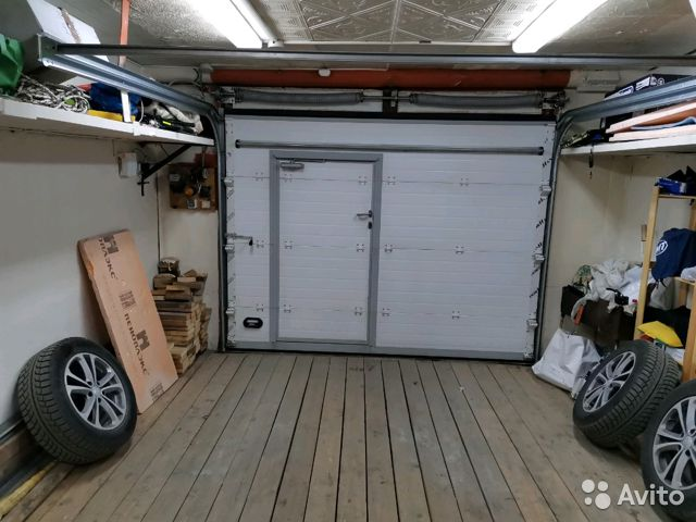 запах в гараже
