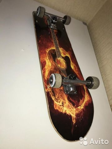Скейт огненый