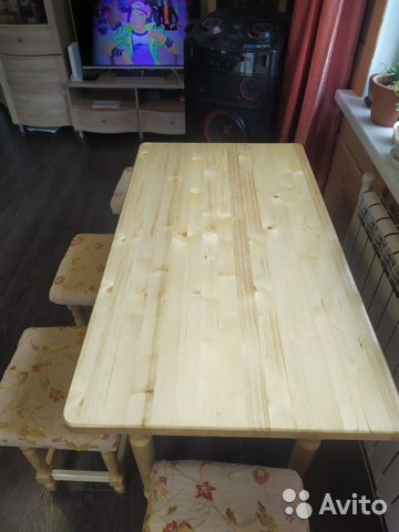 Мебельный гарнитур (стол и табуреты )  купить 5