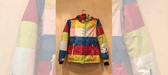 Горнолыжный костюм для девочек roxy купить в Москве на Avito — Объявления на  сайте Авито f3145a4c21f