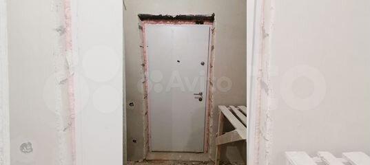 Дверь входная от застройщика пик белая