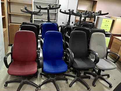 Кресло б/у с высокой спинкой