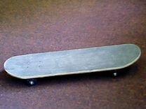 Крепкий скейтборд