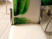 Стол стеклянный и 3 кожаных стула