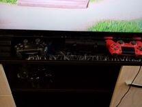 Продам sony playstation 4 PRO
